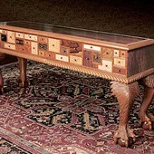 Collector's Table, freestanding: pearls, stained and glazed mahogany and 32 exot